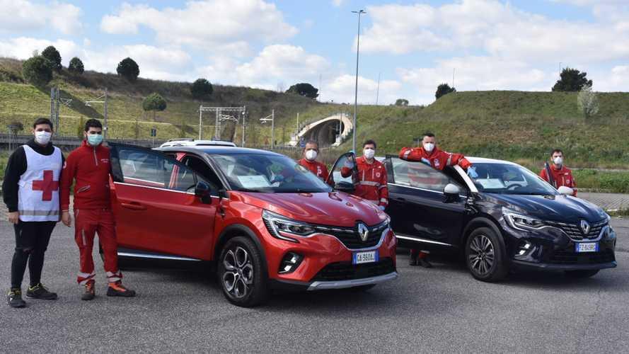 """Anche Renault Captur si """"arruola"""" nella Croce Rossa"""