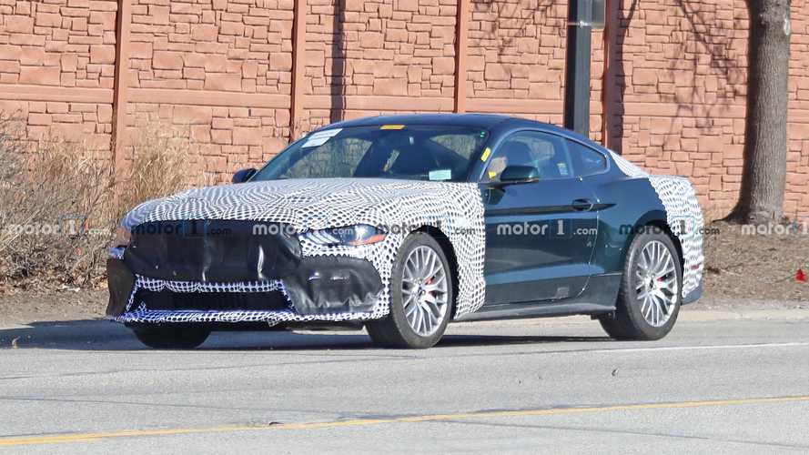 Ford Mustang Bullitt spy photos