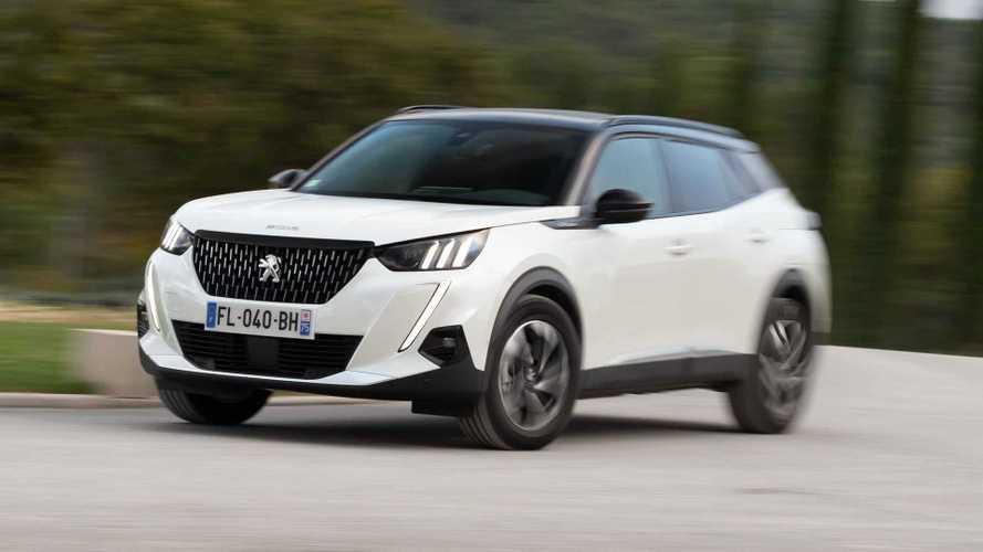 Mais vendidos na Itália: Peugeot cresce e ameaça VW na vice-liderança