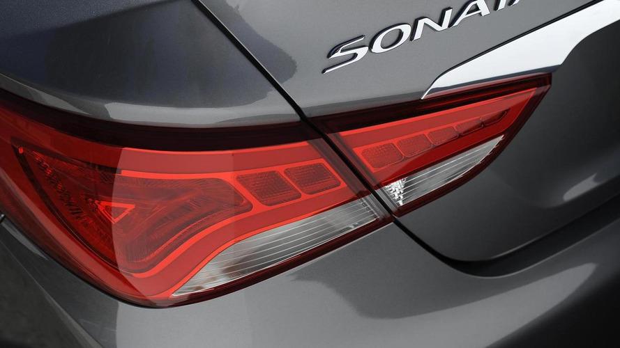 Hyundai, hatalı Santa Fe ve Sonata motorları için ceza ödeyecek