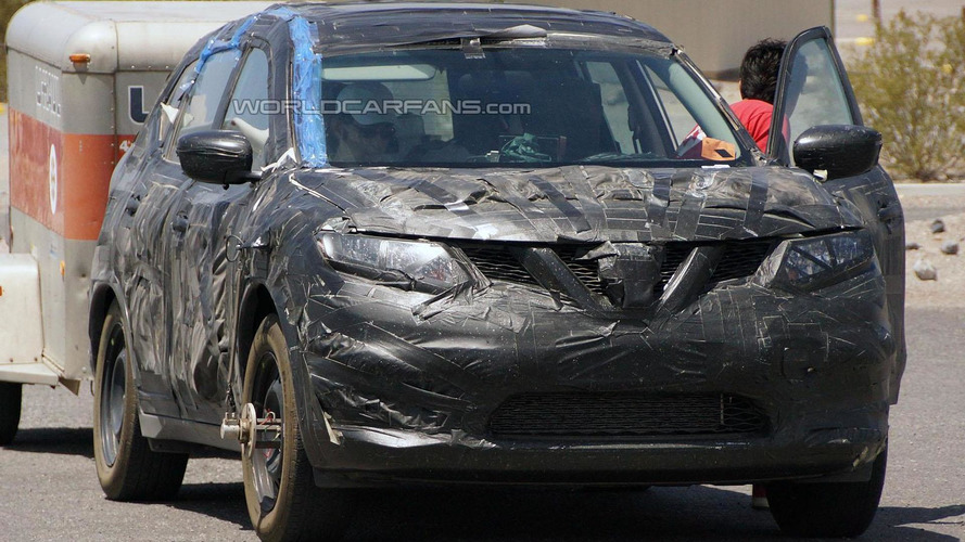 2014 Nissan Rogue spied undergoing testing