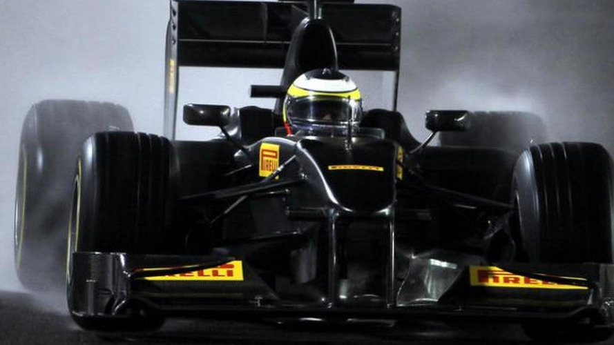 Pirelli considers buying new F1 test car