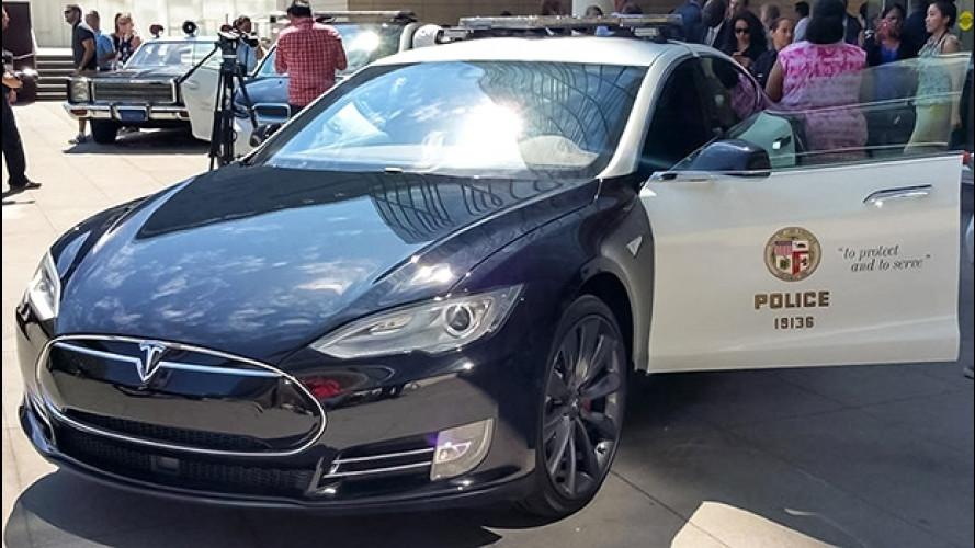 Tesla non convince la polizia di Los Angeles