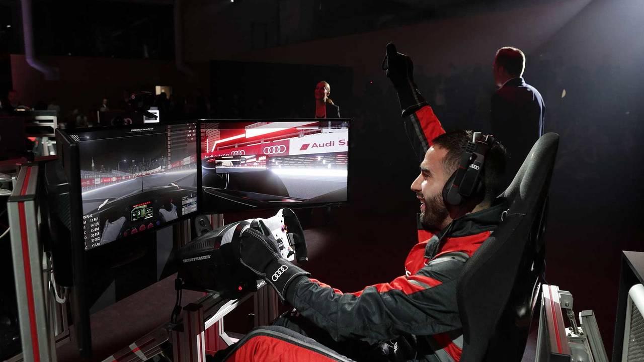 Dani Carvajal sur simulateur de Formule E
