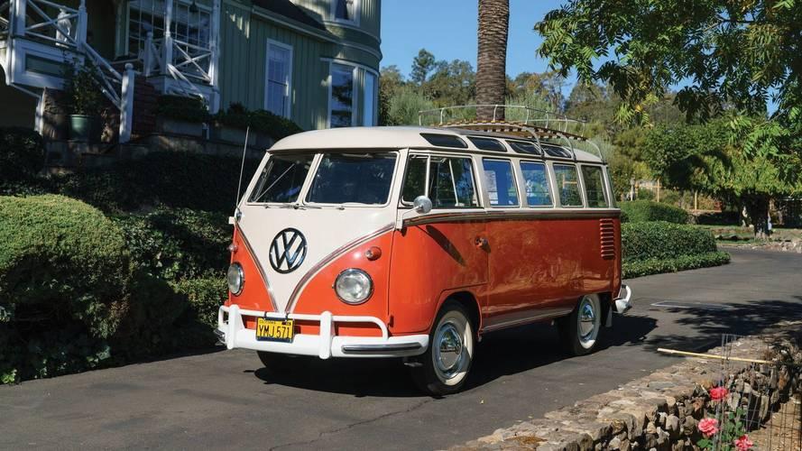 Akár 50 millió forintnál is többet érhet ez a VW mikrobusz