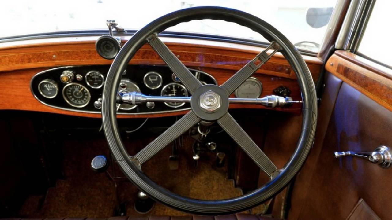 1932 Skoda 860 steering wheel