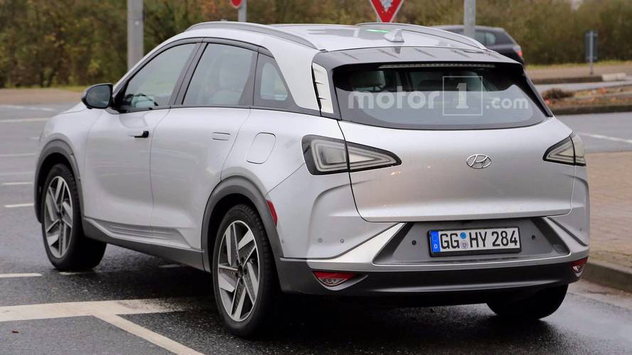 Hyundai FCEV Spy Photo