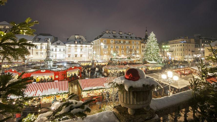 Natale con l'auto a noleggio, 5 luoghi da visitare in Italia