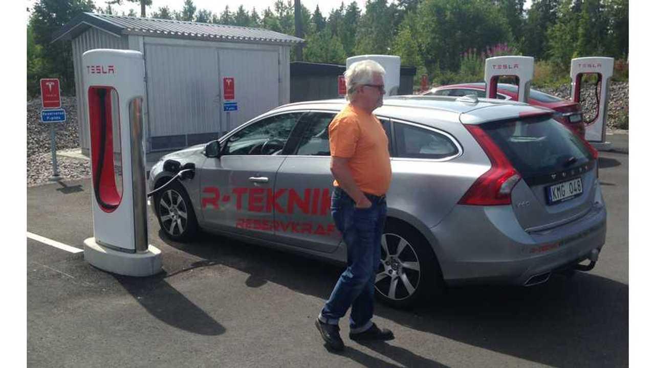 Volvo V60 Plug-In Charging At Tesla Supercharger?