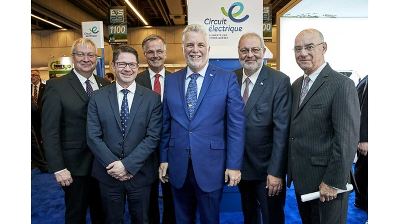 On the photo, from left to right: Luc Blanchette, Minister for Mines; Éric Martel, President and CEO of Hydro-Québec; Guy Ouellette, MNA for Chomedey; Philippe Couillard, Premier of Québec; Pierre Arcand, Minister of Energy and Natural Resources and Minister responsible for the Plan Nord; and Jacques Daoust, Minister of Transport, Sustainable Mobility and Transport Electrification