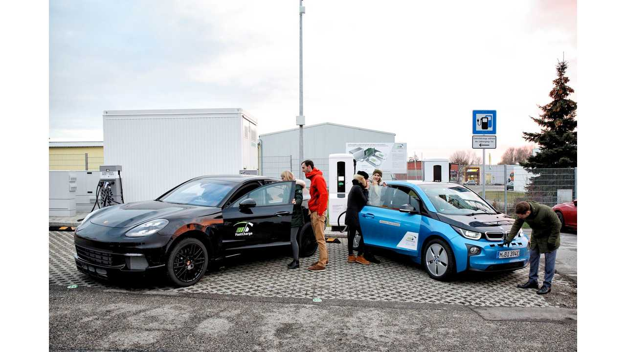 Prospects at the first public High-Power-Charging station. Charging of electric vehicles with up to 450kW.
