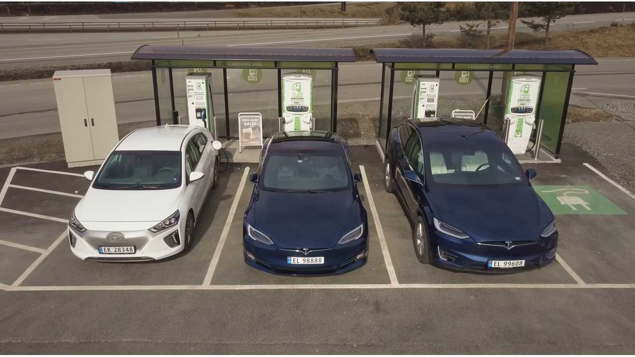 Consumption test on Hyundai IONIQ Electric, Tesla Model S and X Tesla (Bjørn Nyland)