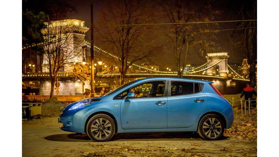 CNET Wonders: Can The Nissan LEAF Compete With $2 Gas? - Video