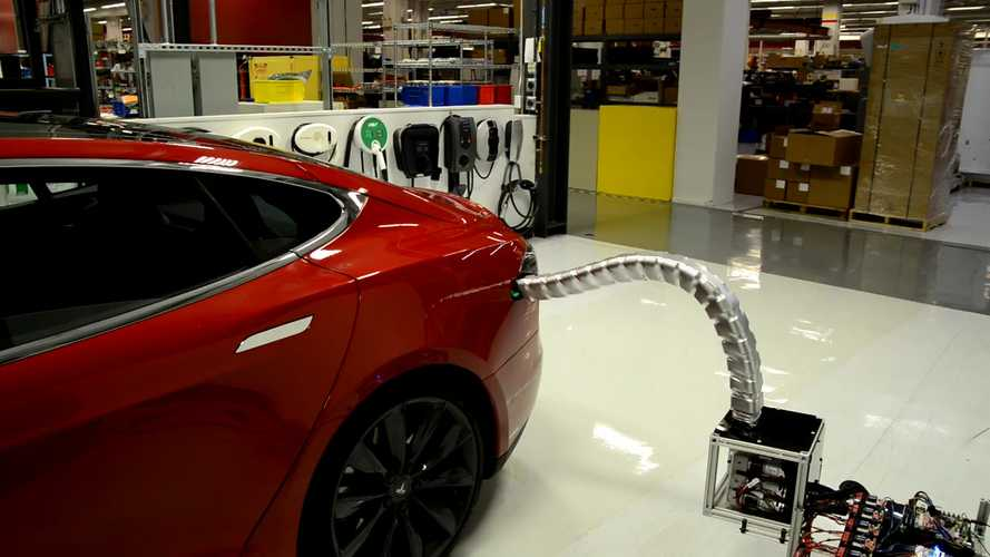 Tesla Shows Off Robotic Charger Prototype That Finds Its Own Way To Model S Charge Port - Video