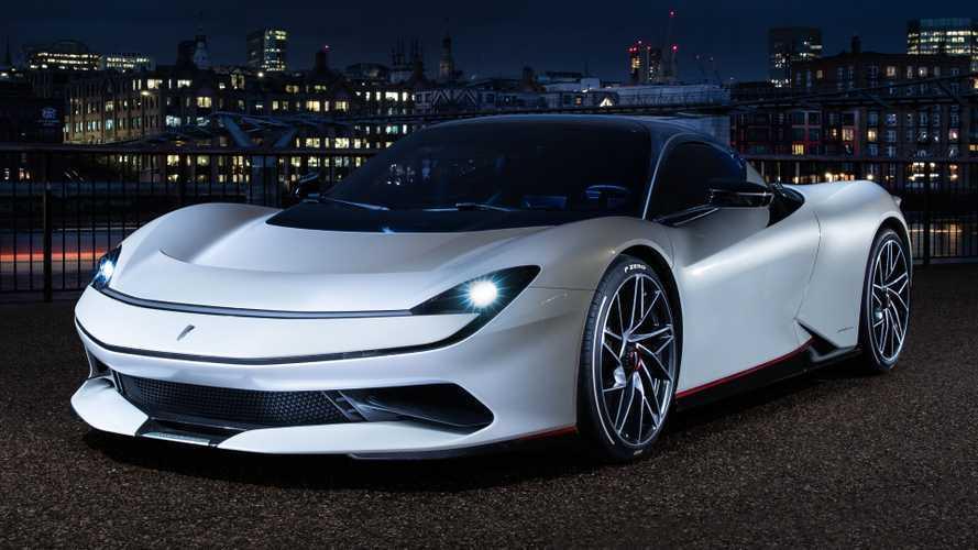 La superbe Pininfarina Battista pose ses roues à Londres