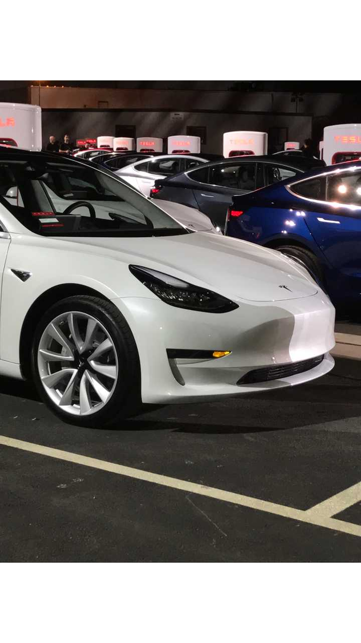 Here's What Happens When You Cancel A Tesla Model 3 Reservation