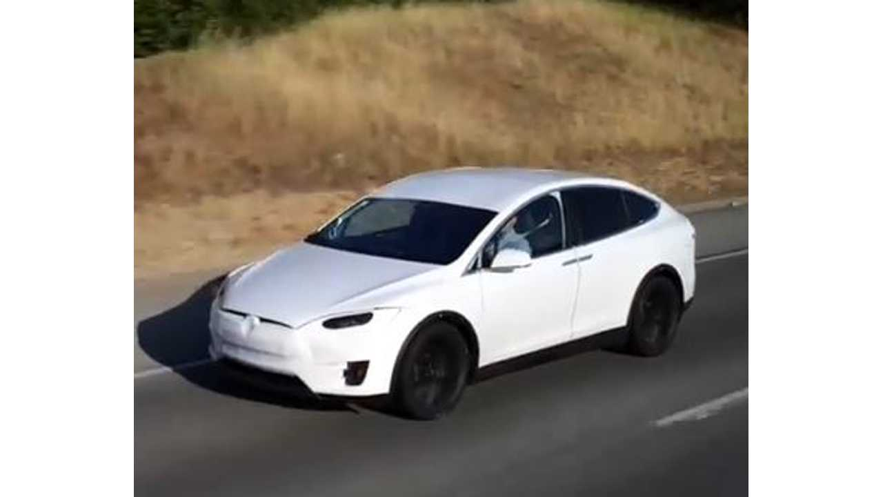 Tesla VP Discusses Model X Towing