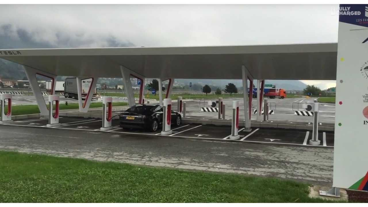 Extra-large Supercharging station in Italy