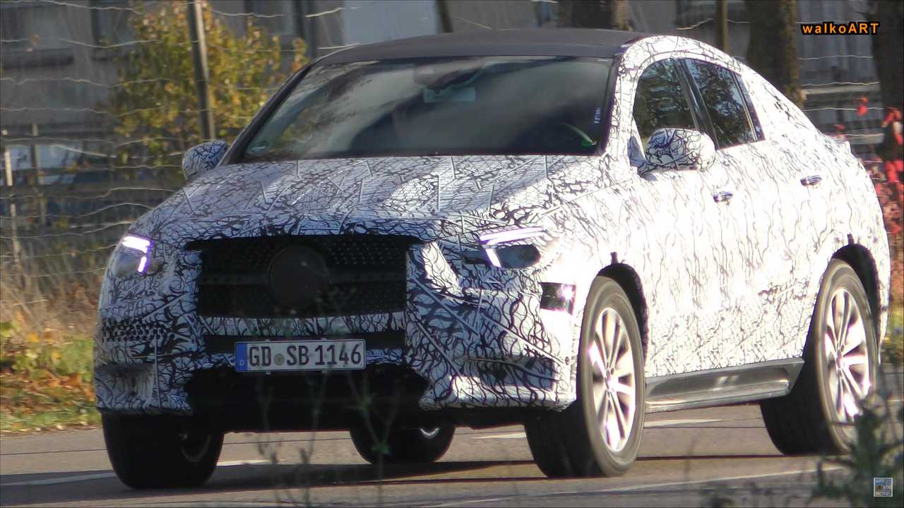 New Mercedes-Benz GLB-Class, GLE Coupe Spied Out And About
