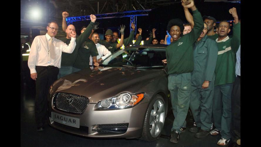 Prodotta la prima Jaguar XF