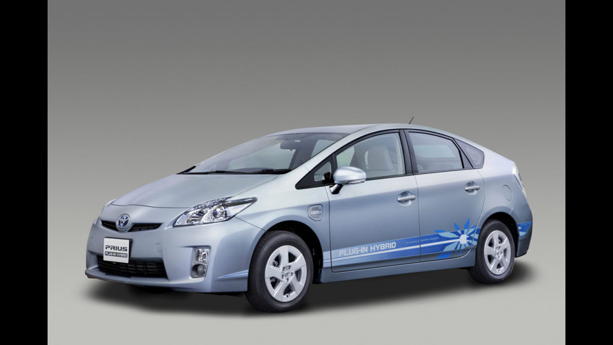 Toyota Prius plug-in, pronta con due modifiche