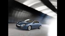 La Renault Laguna Coupè si svela a Cannes