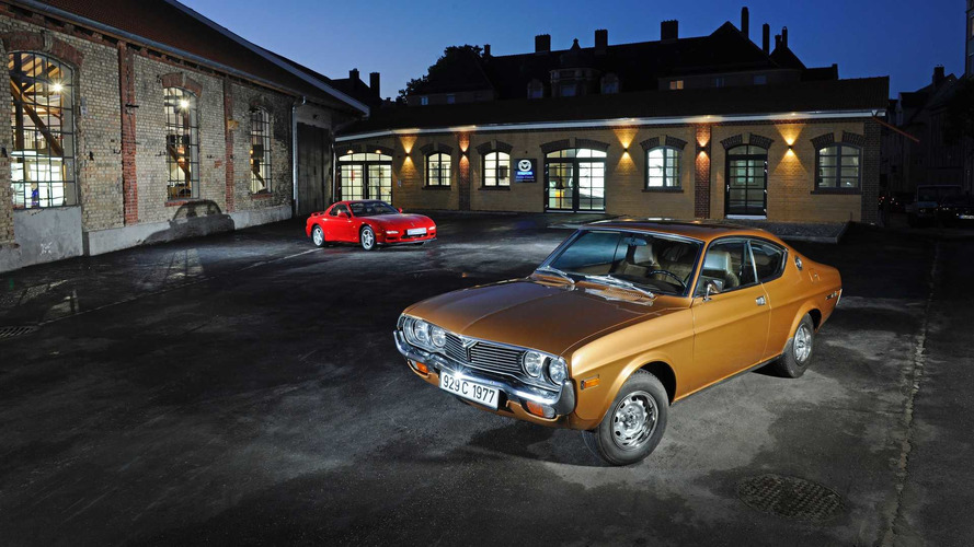 Mazda klasik otomobil müzesi 45 modelle Almanya'da açıldı