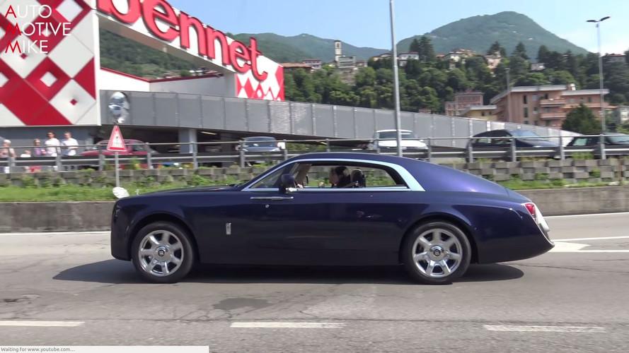 Rolls-Royce Sweptail'i bir de hareket halindeyken görün