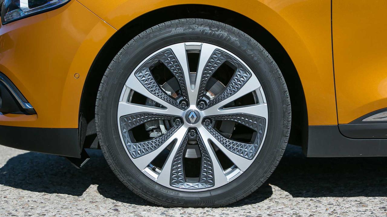 Prueba Renault Scénic 2017 (Teaser)
