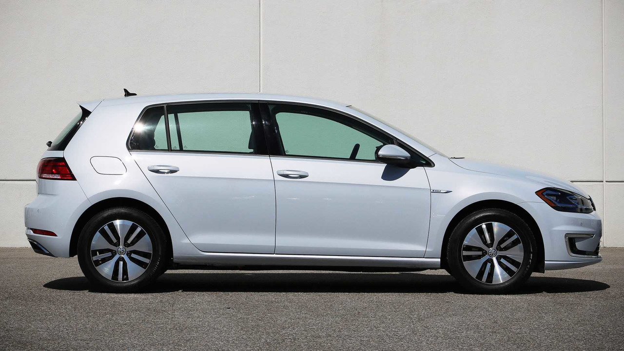 2017 Volkswagen E Golf Review
