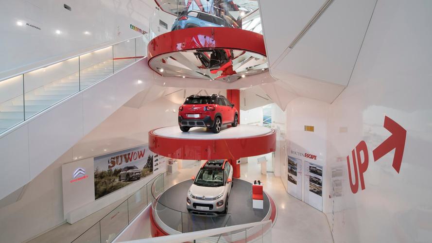 Citroën annonce la fermeture du C_42 aux Champs-Élysées