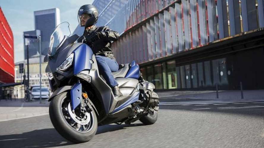 Novità nei listini Yamaha: scooter, moto e off-road competition