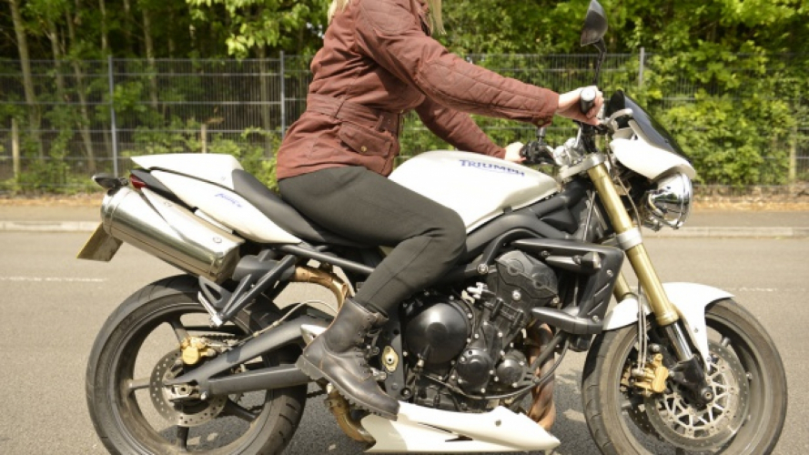 Super Leggings by Oxford: la novità del marchio inglese per le bikers