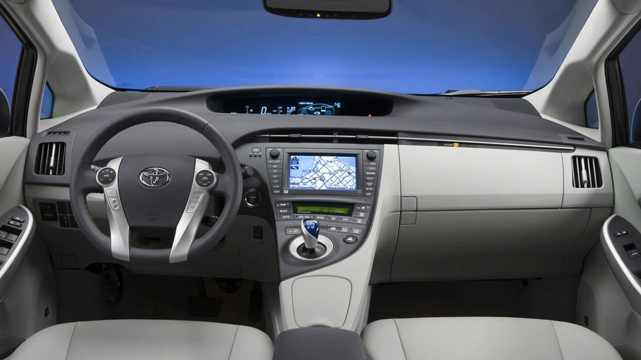 2010 Toyota Prius Interior   Motor1.com Photos