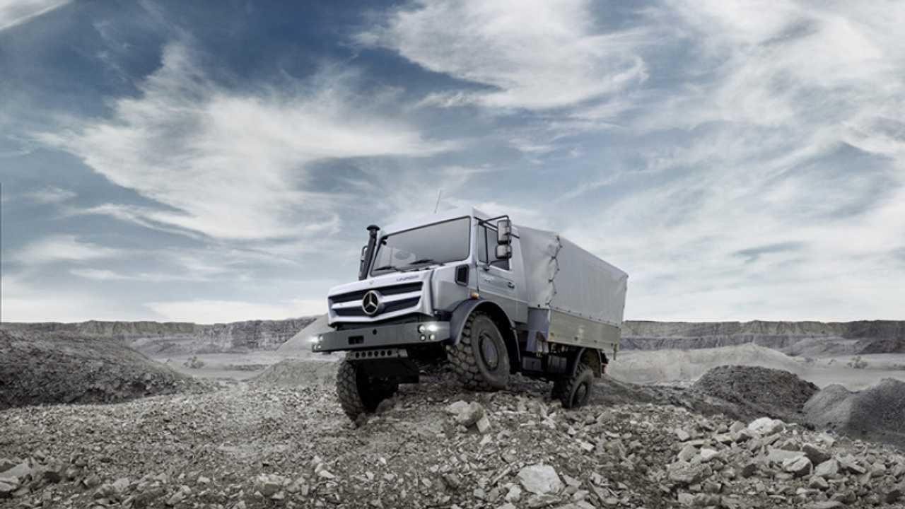 Nuovi Mercedes-Benz Unimog