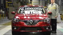 Oyak Renault 6 milyonuncu otomobilini üretti