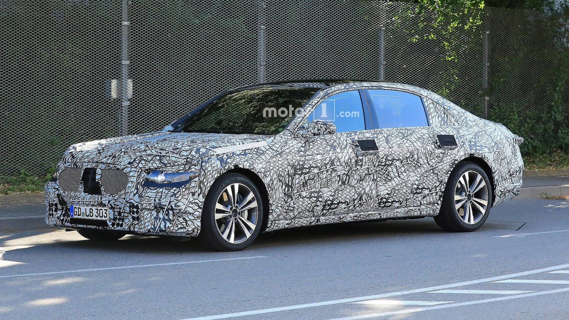2020 Mercedes S Class Duo Spied Out On A Date Together