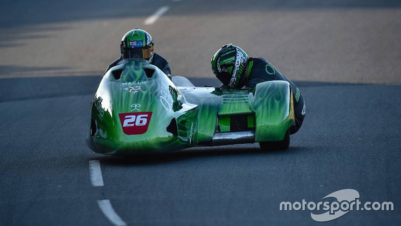 Sidecar pilot Dwight Beare was killed at the 2016 Isle of Man TT