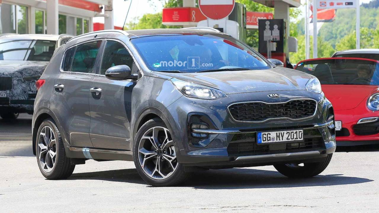 Kia Sportage refresh spy shots