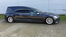Tesla Model S 75D hearse by Huiskamp Carrosseriefabriek