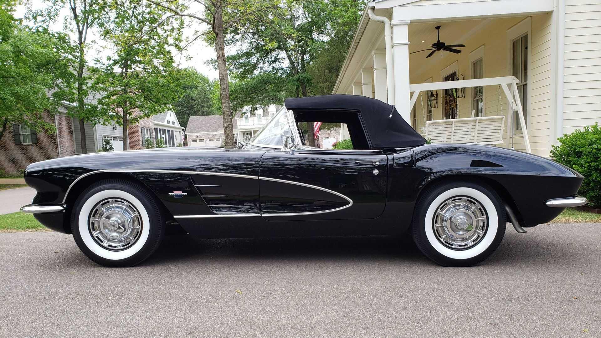 "[""Triple Black 1961 Chevy Corvette Impresses All""]"