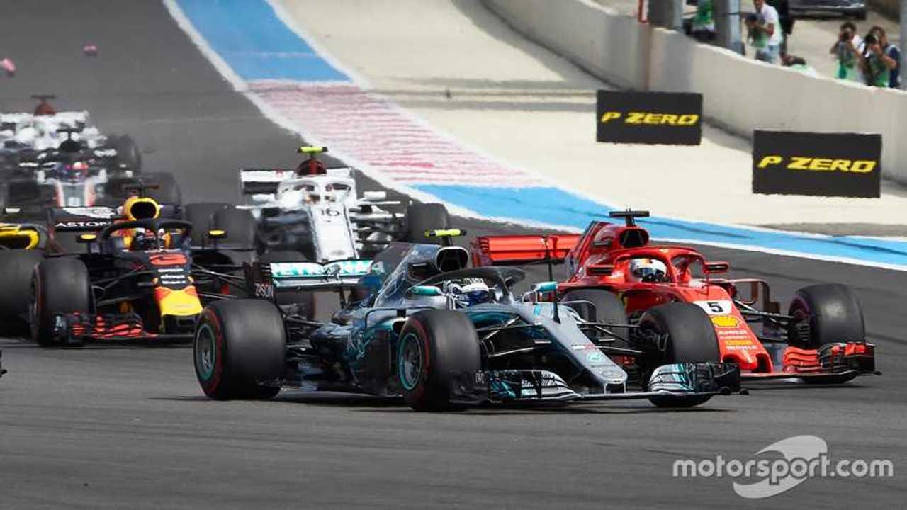 Valtteri Bottas battles with Sebastian Vettel in French GP 2018