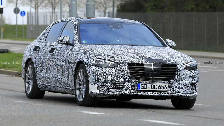 2021 Mercedes S-Class shows its grille in new spy shots