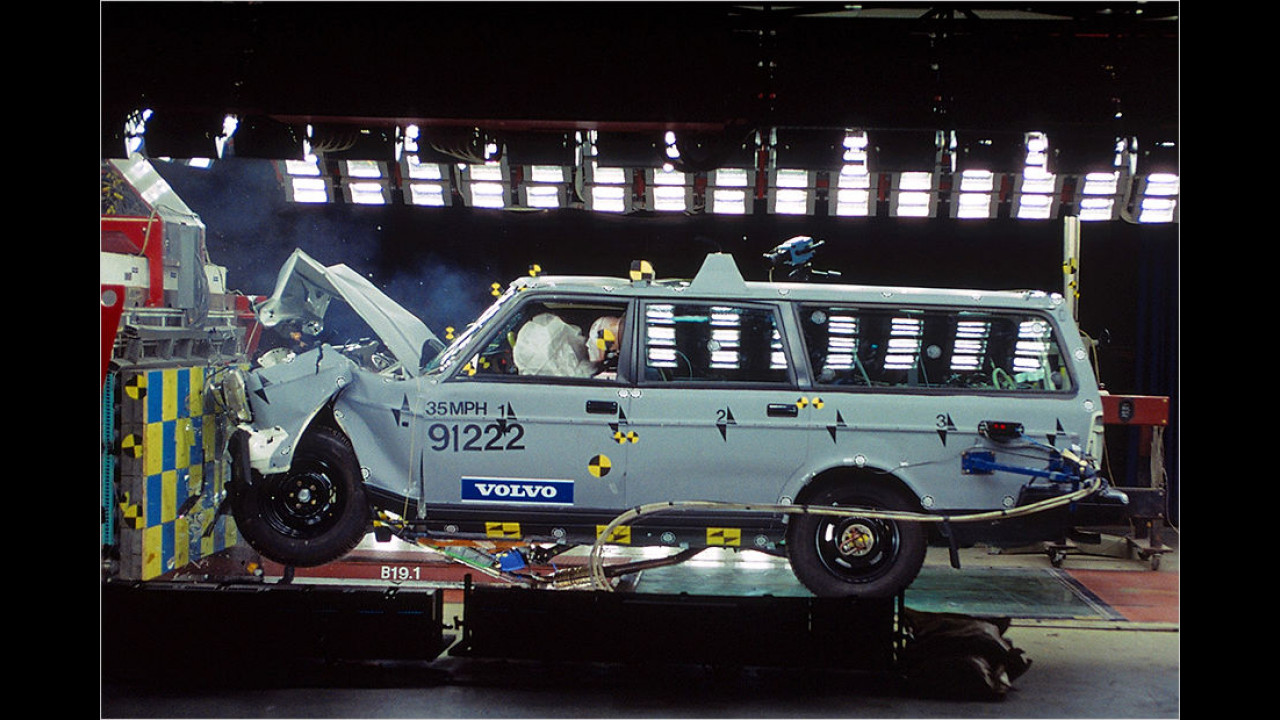 Volvo 245: Die Crashsicherheit wird wichtiger
