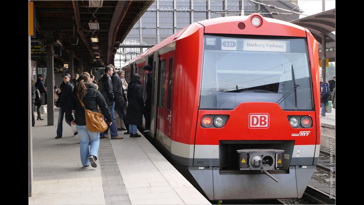 2. Platz: Bus und Bahn (27 Prozent)