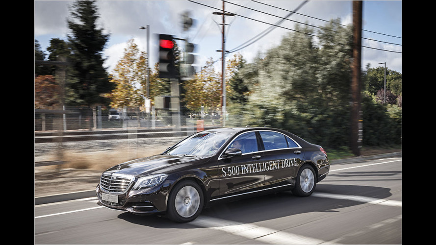 Mercedes S 500 Intelligent Drive: Unterwegs im autonomem Fahrzeug