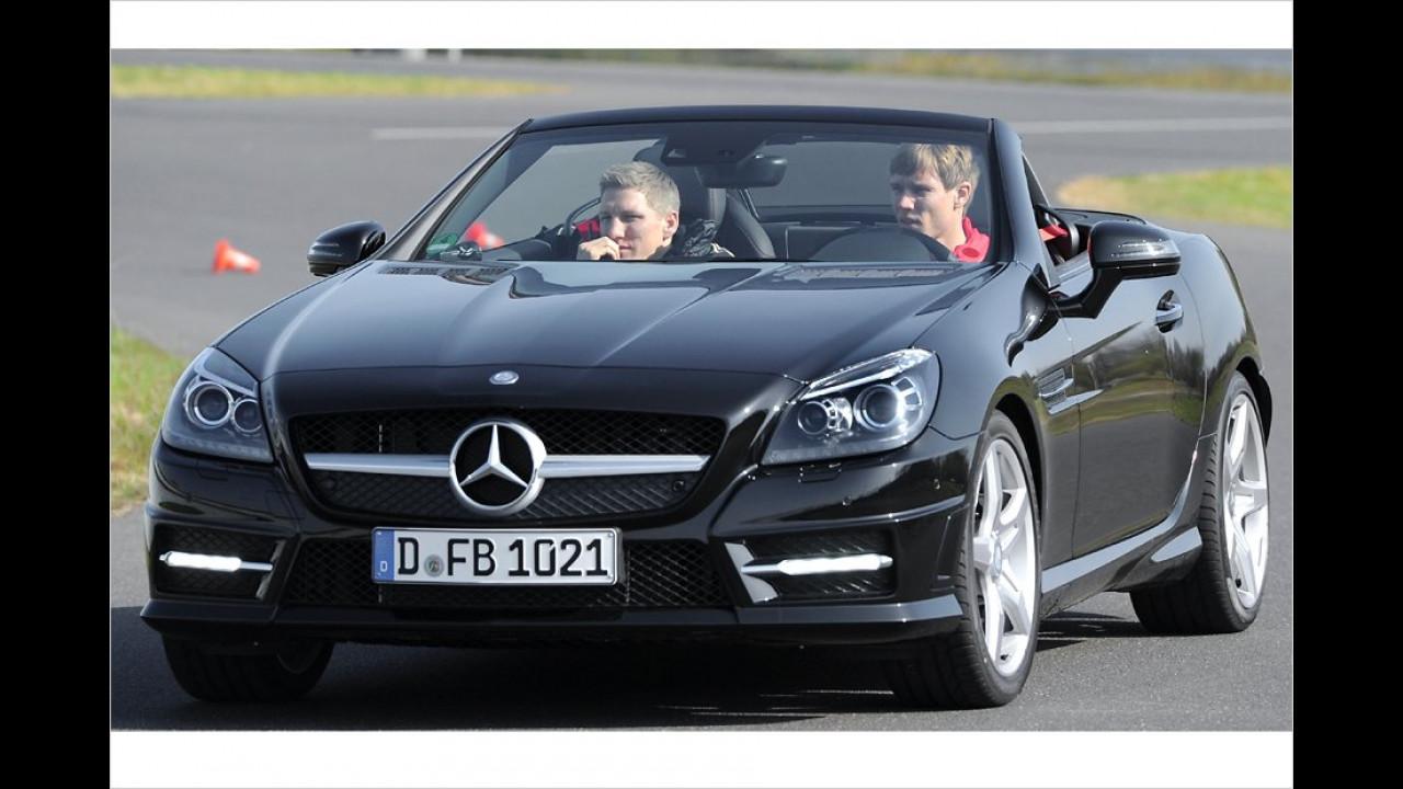 Bastian Schweinsteiger und Holger Badstuber:  Mercedes SLK