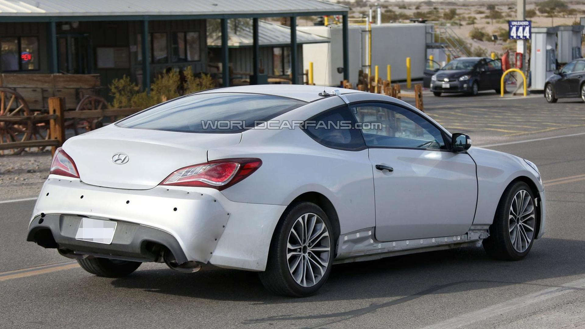 Genesis Coupe 2016 >> 2016 Hyundai Genesis Coupe Spied Motor1 Com Photos