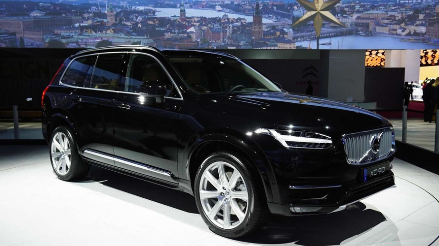 2015 Volvo XC90 shows its stylish silhouette in Paris
