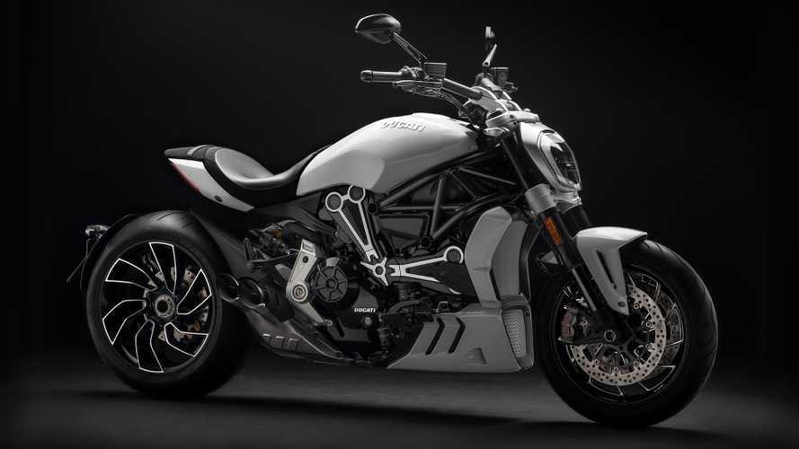 Standar Samping Ducati Bermasalah, Puluhan Motor Ditarik